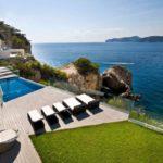 5-pool-deck-600x400